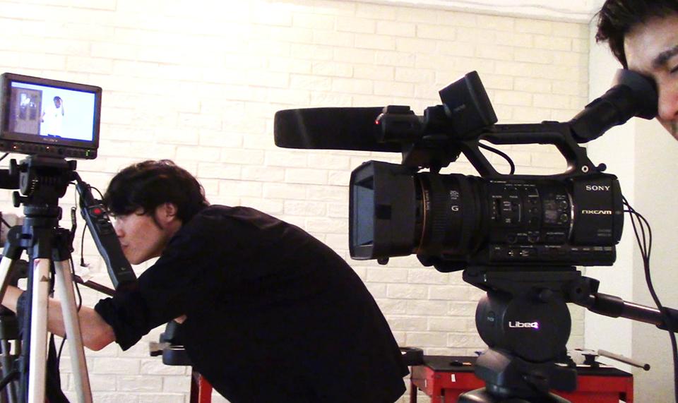 e13fcc555760b 出張動画撮影&編集  Movie Shooting   Edit  インタビューや講演会、スポーツ大会や発表会など、様々なジャンルの動画撮影を行っております。  企業様のWEBサイト向け ...